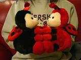 チッス人形。なぜにハチ?
