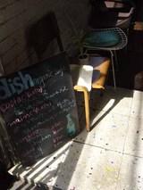 代々木上原・駅前のカフェ。
