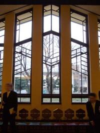 FLW:教会の窓