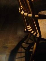 箱根:椅子の影